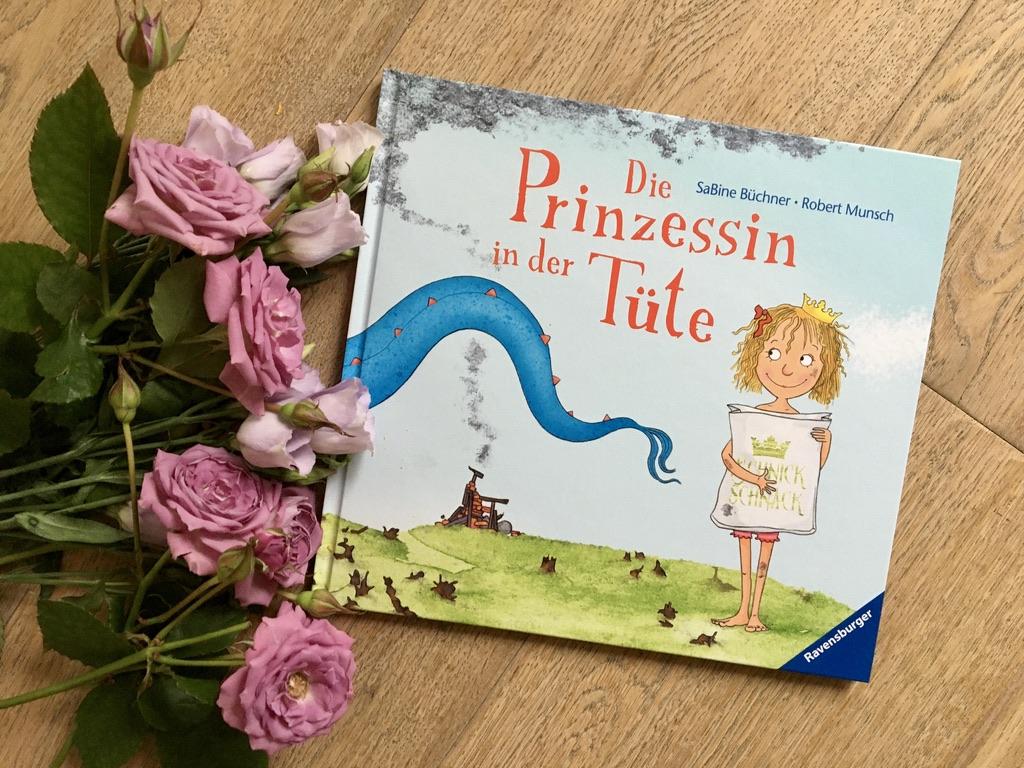 Die Prinzessin in der Tüte von Robert Munsch (Text) und SaBine Büchner (Illustration)